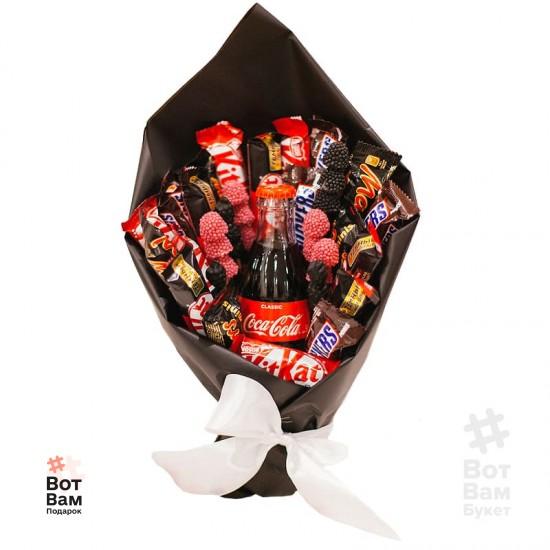 Букет с колой и шоколадками