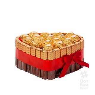 Торт из конфет Ферреро купить в Харькове