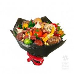 Букет с фисташками и овощами