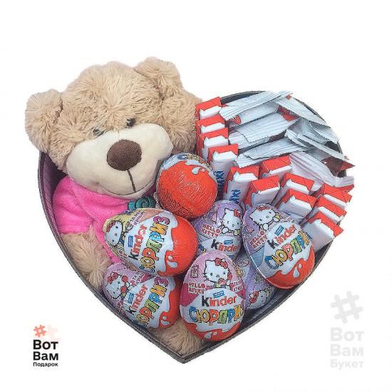 Коробка с игрушкой и киндером купить в Харькове